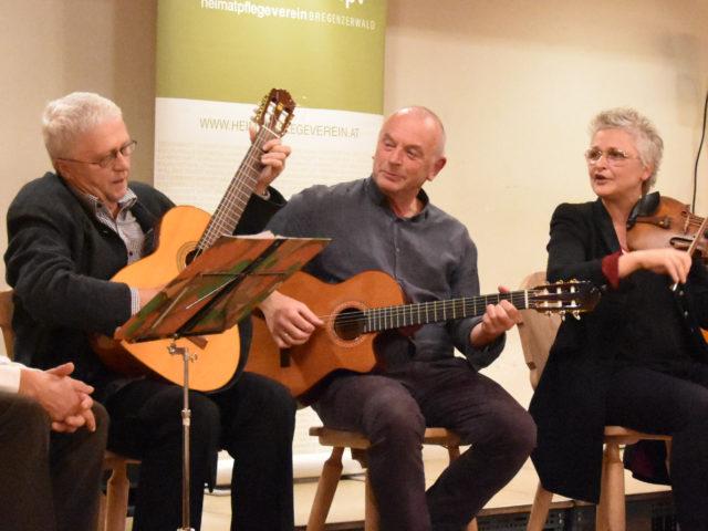 VERSCHOBEN – Singabend mit Evelyn Fink-Mennel, Ulli Troy und Tone Lingg